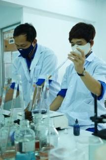 Kiểm nghiệm chất lượng sản phẩm tại phòng thí nghiệm TTCS