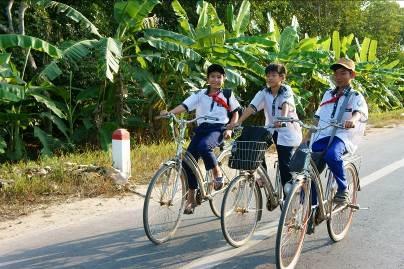 Những bức ảnh 'nụ cười Việt Nam' rạng rỡ trên khắp nẻo đường - 2