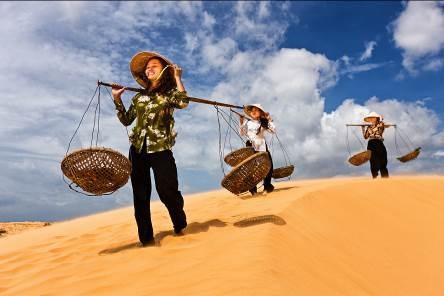 Những bức ảnh 'nụ cười Việt Nam' rạng rỡ trên khắp nẻo đường - 6
