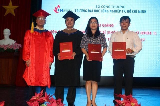 Trường Đại học Công nghiệp TP.HCM thông báo tuyển sinh hơn 500 thạc sỹ - 2