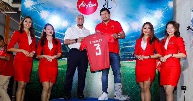 Carlos trong vai trò Đại sứ thương hiệu toàn cầu của AirAsia