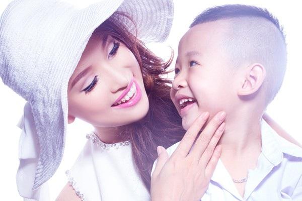 MC Vân Hugo chia sẻ sai lầm mẹ nào cũng mắc phài khi trị táo bón cho con - Ảnh 1.