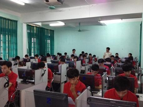 Hội thi tin học trẻ là sân chơi bổ ích cho các em học sinh.