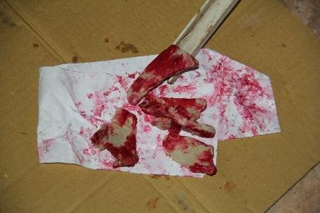Thịt heo chín bỏ trong tủ lạnh sau 2 ngày bỗng xuất hiện màu đỏ giống máu