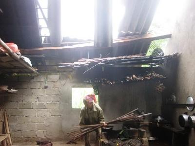 3 người thiệt mạng, lốc xoáy tốc mái, mưa ngập hàng trăm nhà dân - 4