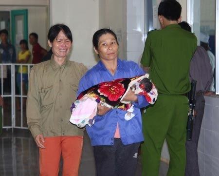 Ngày 20/7/2013, 3 trẻ sơ sinh đã tử vong tại BV Đa khoa huyện Hướng Hóa