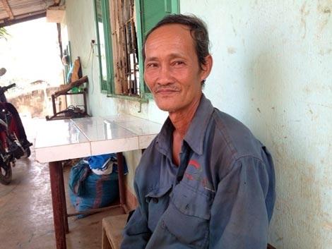 Ông Phan Văn Bé Em kể chuyện đời mình.
