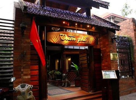 3B Phan Đình Phùng đã trở thành không gian ẩm thực quen thuộc của nhiều