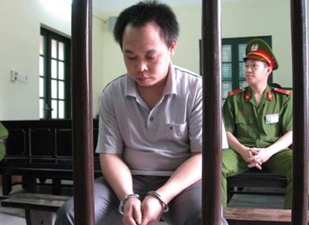 Trần Thanh Bình lúc tòa nghị án
