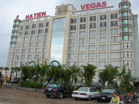 """Thêm 1 con bạc phải """"cầm mạng"""" tại casino ở Campuchia"""