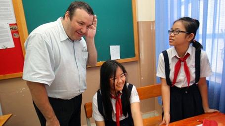 Đổi mới phương pháp học tiếng Anh của trẻ từ học cấp 2, cấp 3