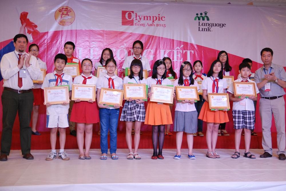 124 thí sinh đạt giải Khuyến khích.