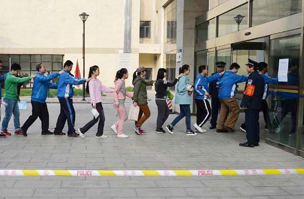 Trung Quốc tăng cường hỗ trợ thí sinh khuyết tật trong kỳ thi đại học