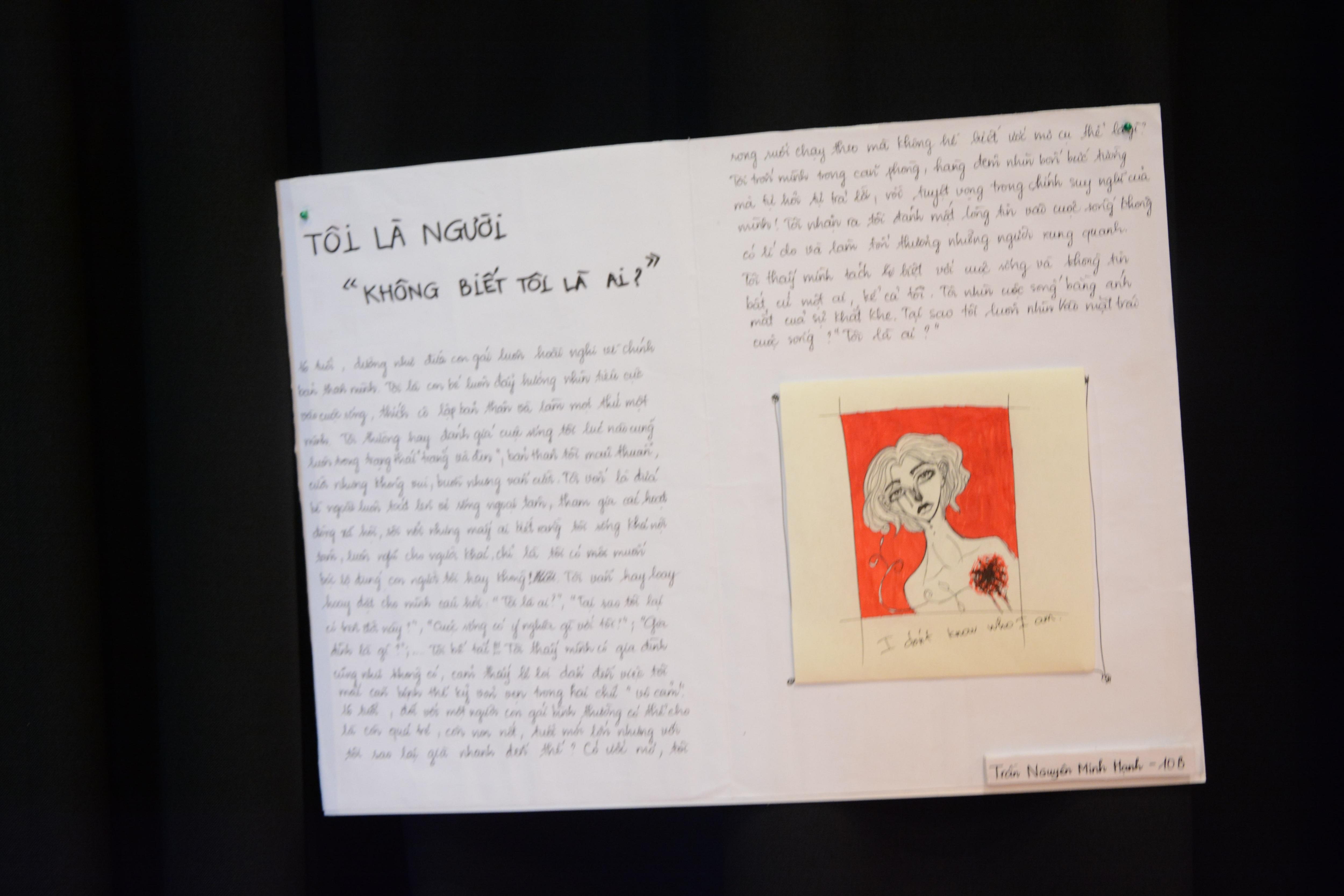 Một số tác phẩm do học sinh khối 10 THPT FPT thực hiện tại triển lãm Who am I