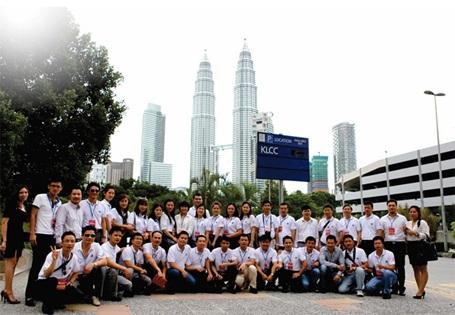 Chương trình thăm quan kiến tập tại Malaysia của học viên DeMBA