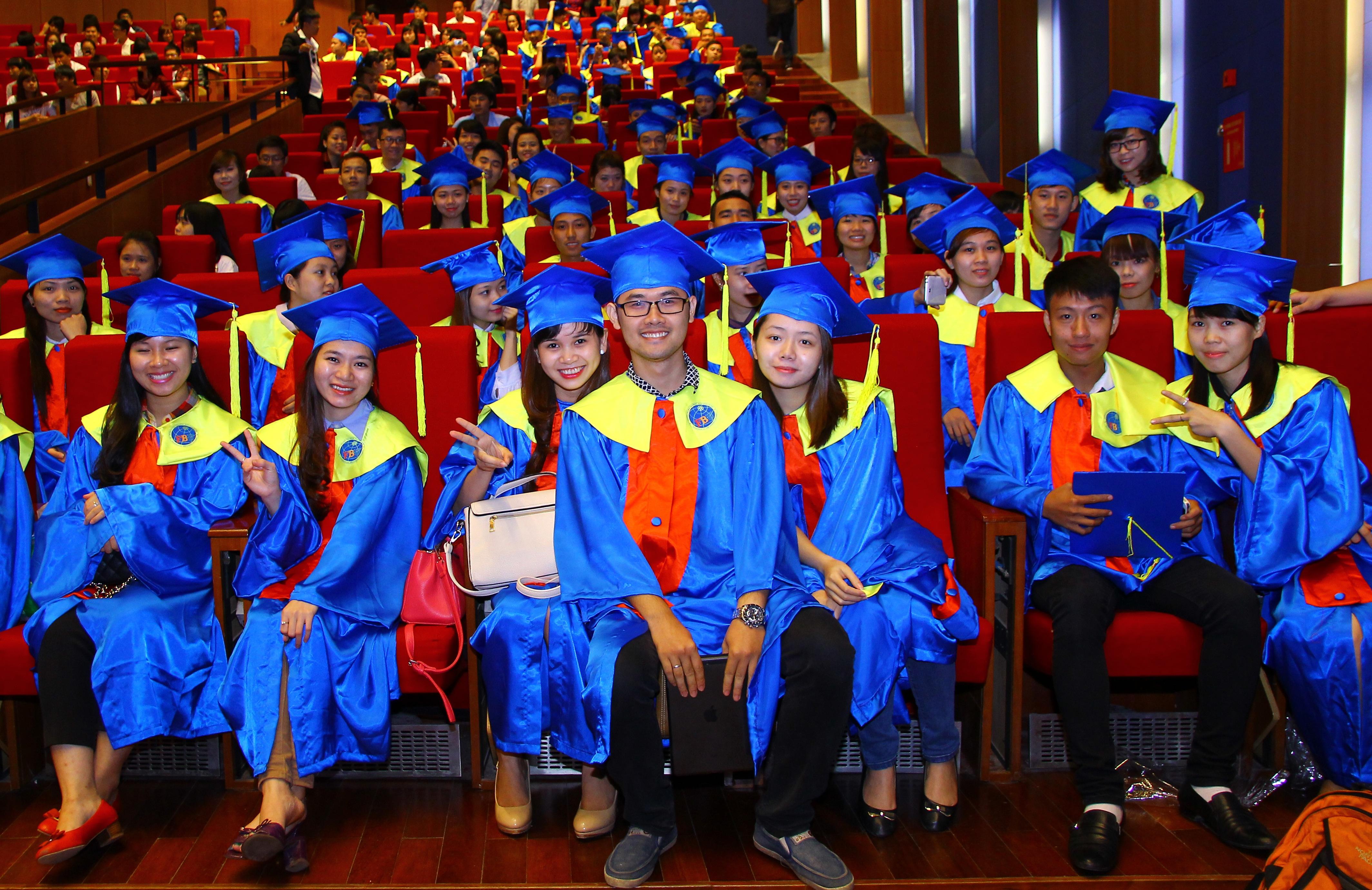 Lễ trao bằng tốt nghiệp
