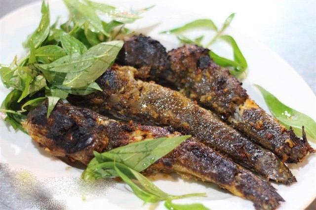 Món cá nướng thịt ngọt và chắc.