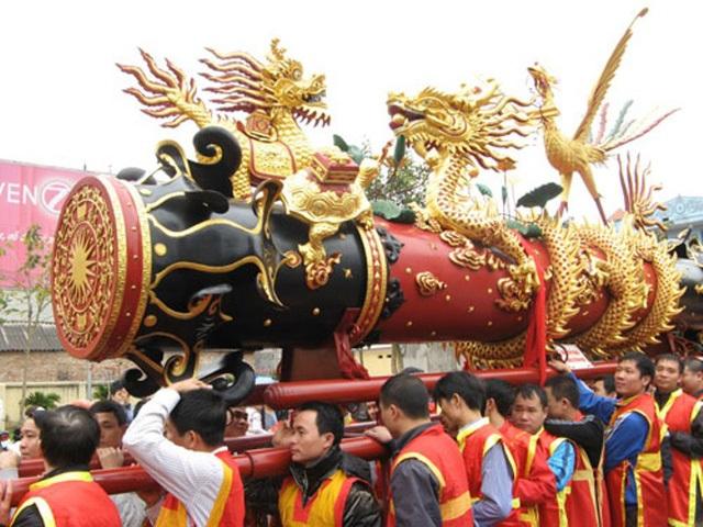 Lễ rước pháo làng Đồng Kỵ. (Ảnh: Internet)