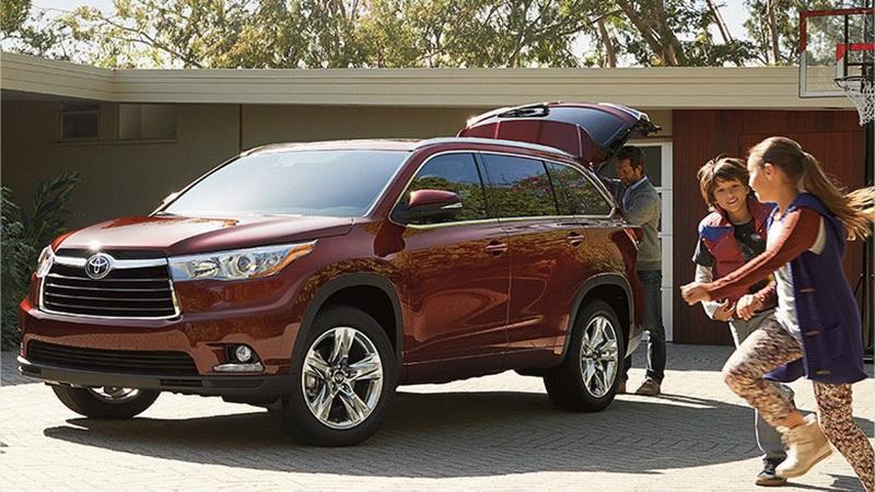 5. Toyota: Một sự tương đồng khá lí thú khi chính những người Mỹ cũng lựa chọn Toyota vì một lí do: giữ giá khi bán lại; 76% người được hỏi cho biết sẽ vẫn tiếp tục lựa chọn Toyota nếu mua xe mới.