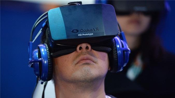 Kính thực tế ảo Oculus là một trong những sản phẩm công nghệ hứa hẹn