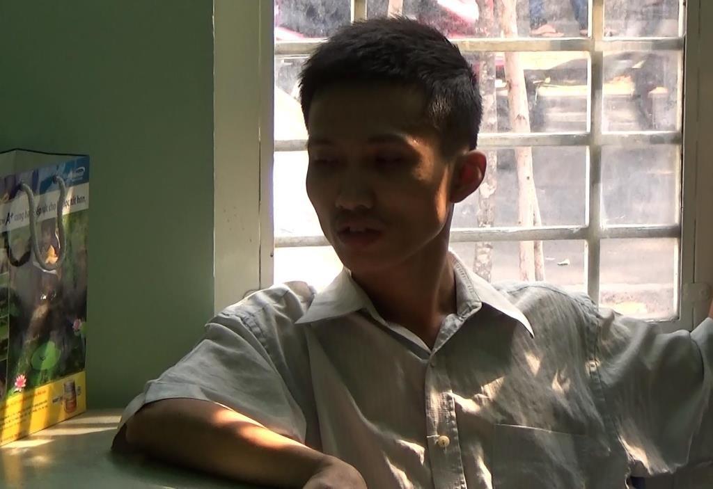 Đặng Minh Lộc tại cơ quan công an