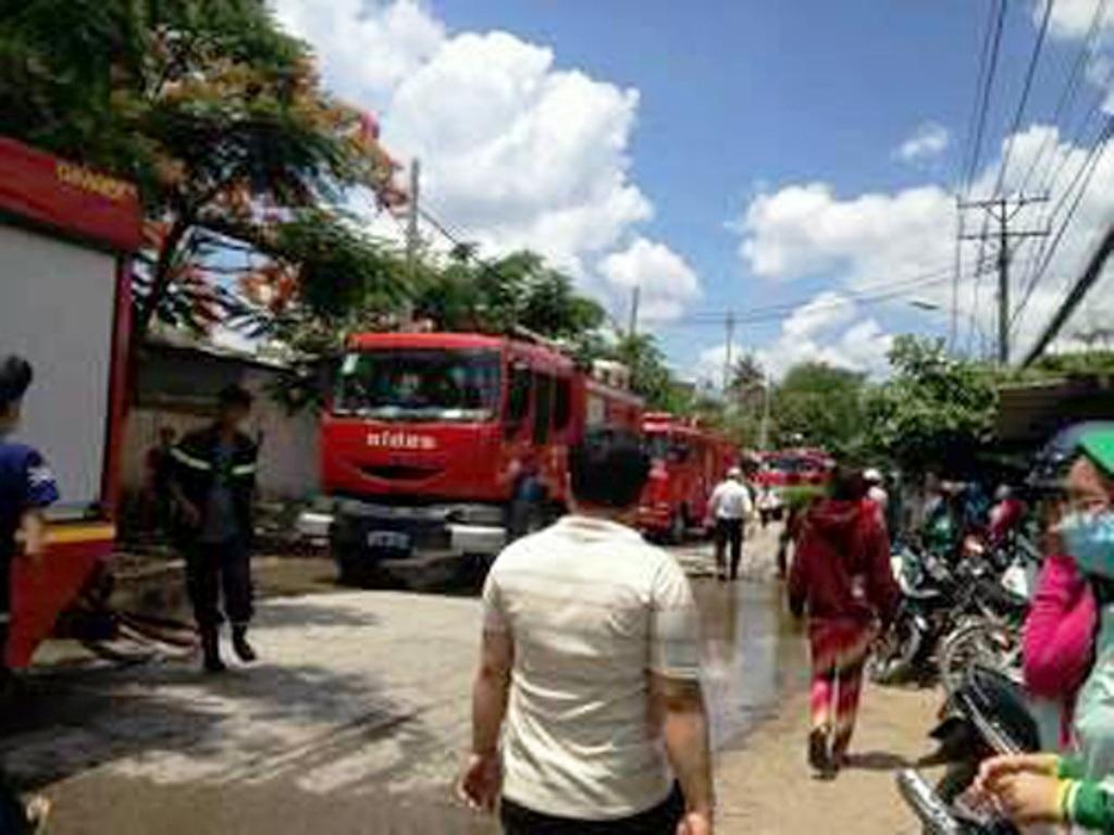 Xe cứu hỏa được điều đến hiện trường