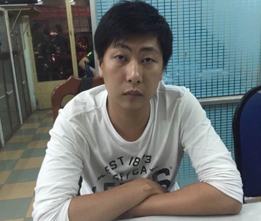 Huỳnh Vĩnh Xương tại cơ quan công an