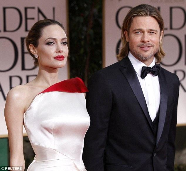 Angelina Jolie và Brad Pitt muốn thống nhất việc ly dị mà không phải nhờ tới tòa án.