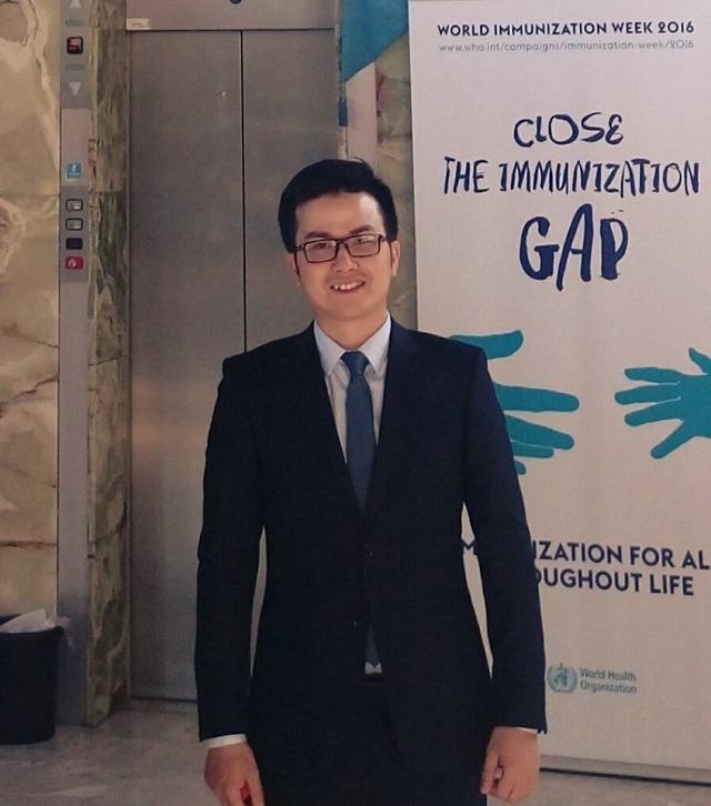 PGS.TS Trần Xuân Bách - Tân PGS trẻ tuổi nhất Việt Nam hiện là giảng viên Viện Đào tạo Y học dự phòng và Y tế công cộng, Trường Đại học Y Hà Nội.