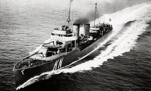 Tàu HNLMS Kortenaer của Hà Lan trong hải chiến Java 1942 (Ảnh: SCMP)