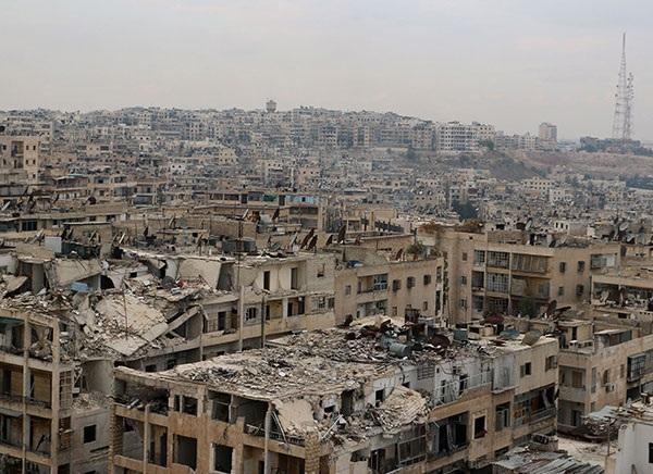 Khung cảnh hoang tàn ở Aleppo. Ảnh: Reuters.