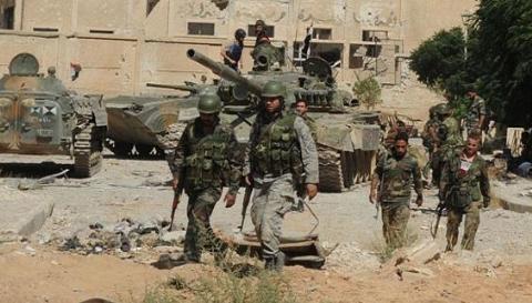 Quân đội Syria tiếp tục phải chống IS trên mặt trận Deir ez-Zor