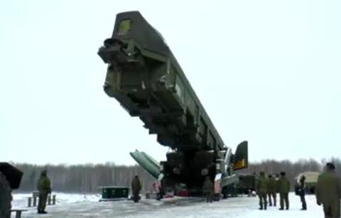 Nga huấn luyện chiến đấu với RS-24 Yars phiên bản giếng phóng.