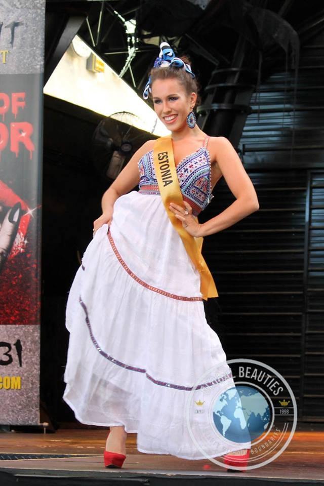 Người đẹp Hoa hậu hòa bình thế giới 2016 rực rỡ sắc màu quốc phục - 51