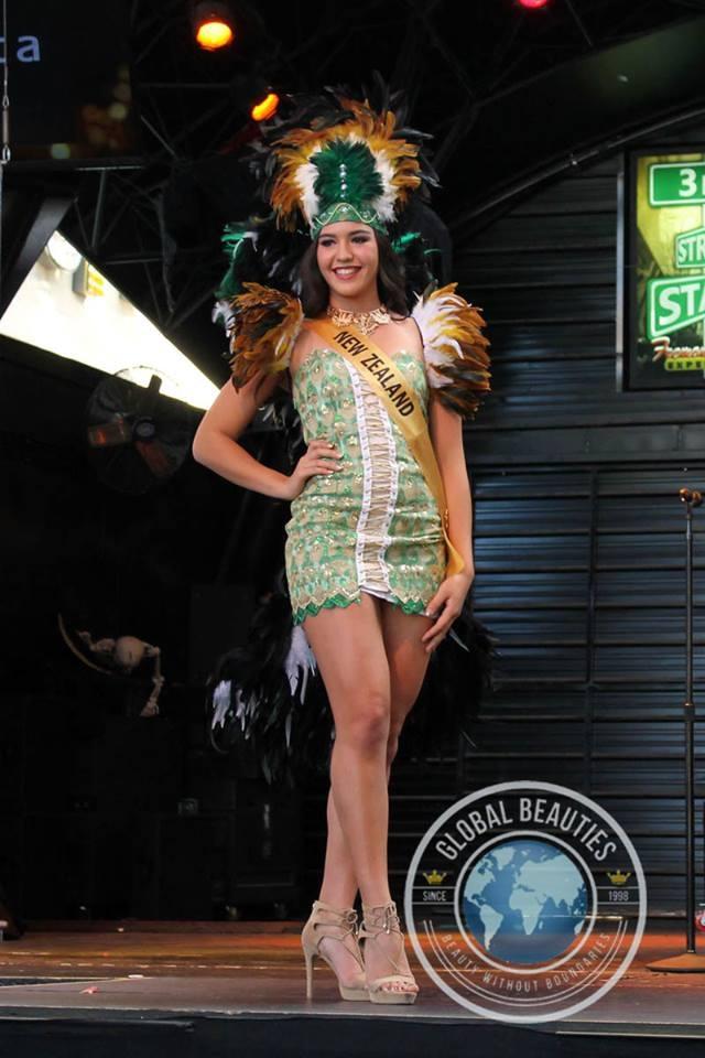Người đẹp Hoa hậu hòa bình thế giới 2016 rực rỡ sắc màu quốc phục - 60