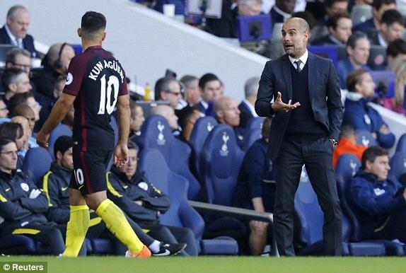 Cả Aguero lẫn Guardiola đều trải qua một trận đấu mờ nhạt