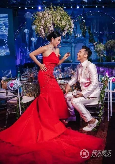 Những hình ảnh cưới ngọt ngào và hấp dẫn của cặp đôi chênh nhau tới 12 tuổi.