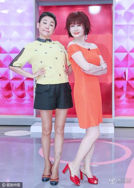 Bí quyết gìn giữ sắc đẹp của Phan Nghinh Tử là uống đủ nước, chú trọng chăm sóc da và tập thể dục đều đặn. Bà kể rằng, ở tuổi 71, bà vẫn cố gắng gập bụng 400 cái mỗi ngày để có được vòng eo săn chắc.