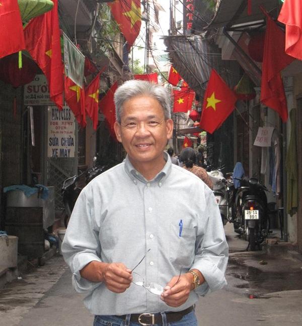 Ông Peter Nguyễn, một người Mỹ gốc Việt hiện đang sinh sống tại thành phố San Diego bang California, trong một lần trở lại thăm quê hương (Ảnh: Nhân vật cung cấp)