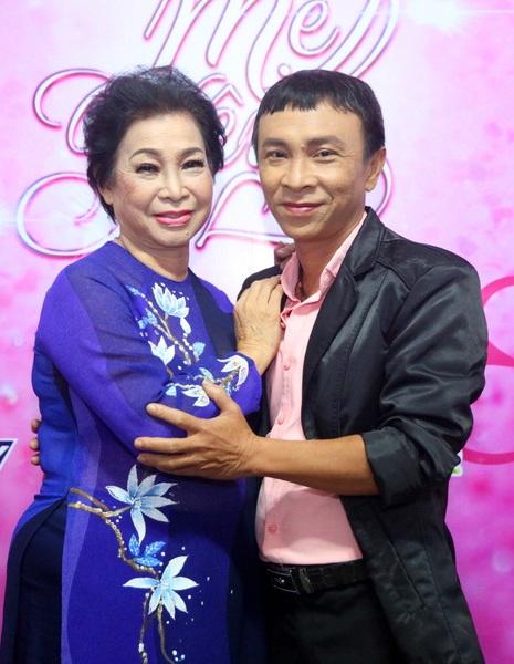Nghệ sĩ cải lương Phương Dung, sau gần 20 năm từ giã sân khấu và ở độ tuổi hơn 70, nếu không phải vì tình yêu rất lớn dành cho con trai Dũng nhí, hẳn nghệ sĩ Phương Dung sẽ không tham gia chương trình.