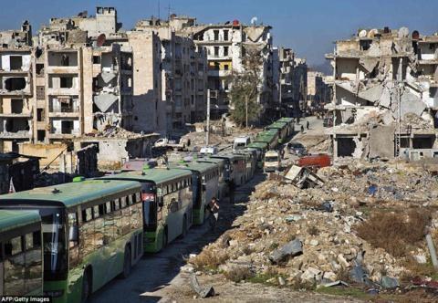 Nửa vạn phiến quân rời Aleppo cùng tuyên bố của Putin - 2