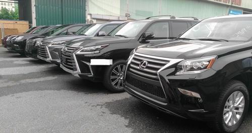 Truy thu thuế ôtô: Dân buôn lo phá sản, người mua sợ treo xe - 1