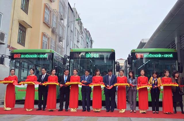 Hà Nội chính thức khai trương tuyến xe buýt nhanh BRT từ Kim Mã đi Yên Nghĩa