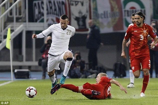 Italia đã đối diện với nhiều khó khăn trước Macedonia