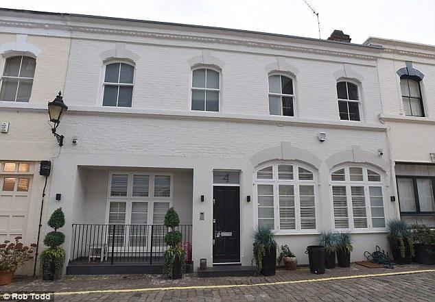 Ngôi nhà mà Lindsay Lohan thuê tại London, Anh để chung sống cùng Egor Tarabasov