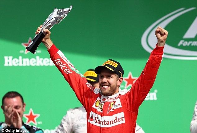 Lewis Hamilton thắng áp đảo tại MexicoGP - 8