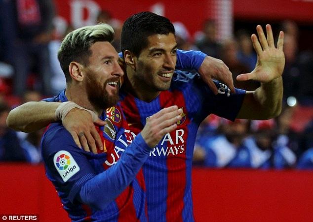 Luis Suarez ấn định thắng lợi chung cuộc 2-1 cho Barcelona