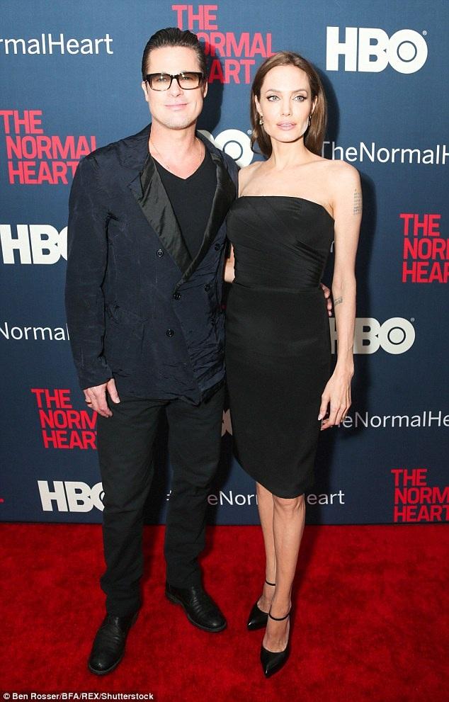 Angelina Jolie và Brad Pitt đã có 12 năm bên nhau và 2 năm vợ chồng.