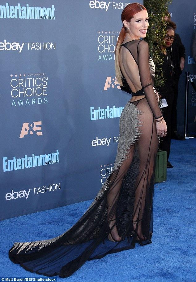 Không chỉ là một diễn viên điện ảnh đang lên, Bella còn là gương mặt quảng cáo cho nhiều nhãn hiệu thời trang hiện tại.