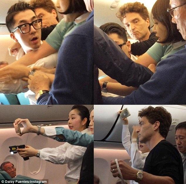 Richard Marx tham gia khống chế một hành khách quá khích trên máy bay từ Hà Nội tới Seoul, Hàn Quốc, ngày 20/12.